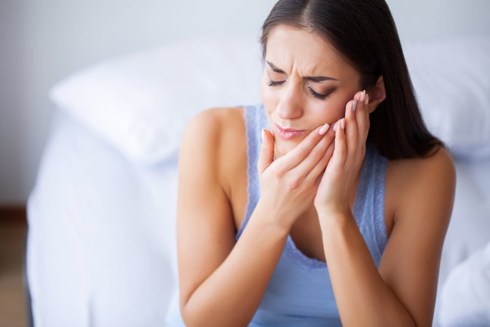 alleviate tooth pain with CBD cannabis