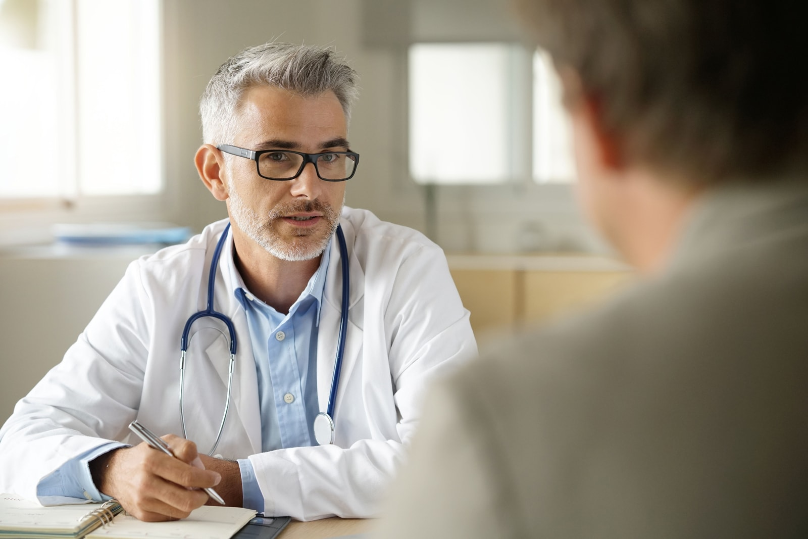 arizona doctor asking patient about medical conditions